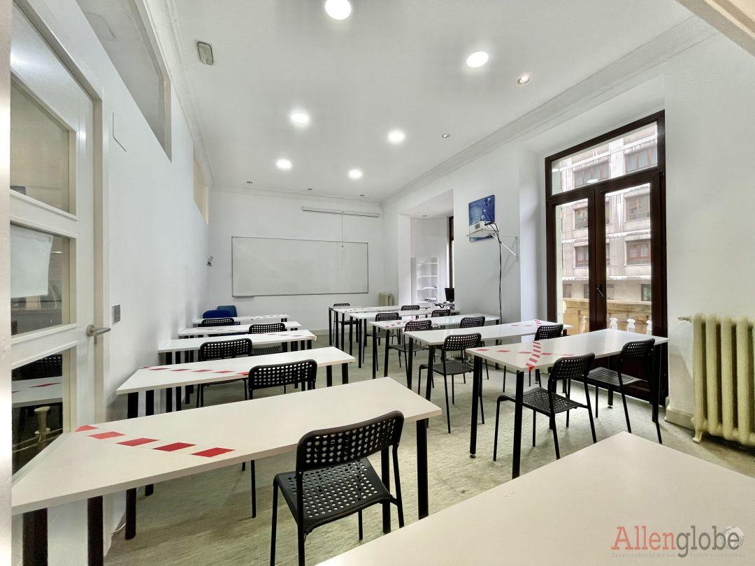 Oficina en alquiler en Centro, Oviedo