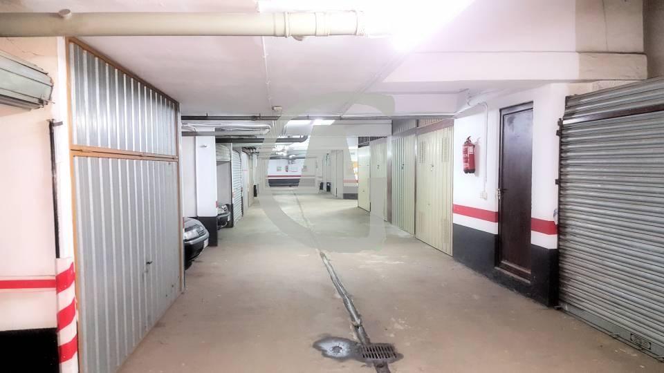 161 venta garaje garaje coche bizkaia for Pisos alquiler arrigorriaga