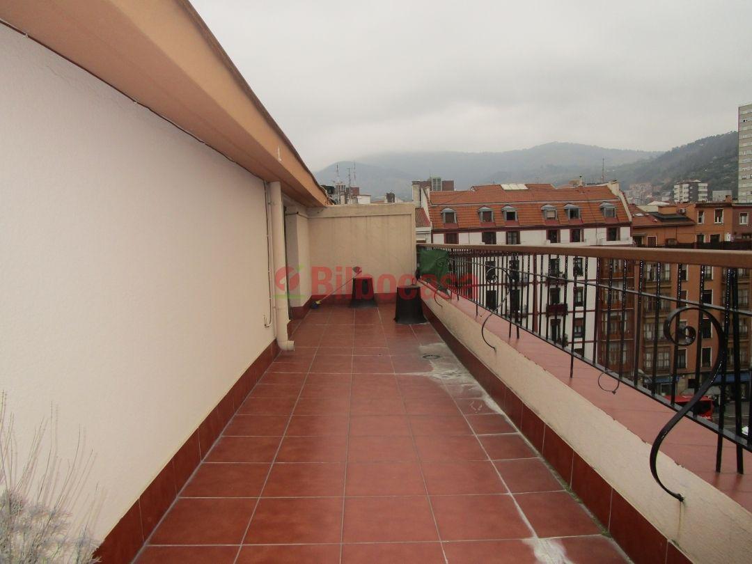 Piso alquiler en indautxu amueblado terraza bilbocasa for Pisos alquiler muro de alcoy