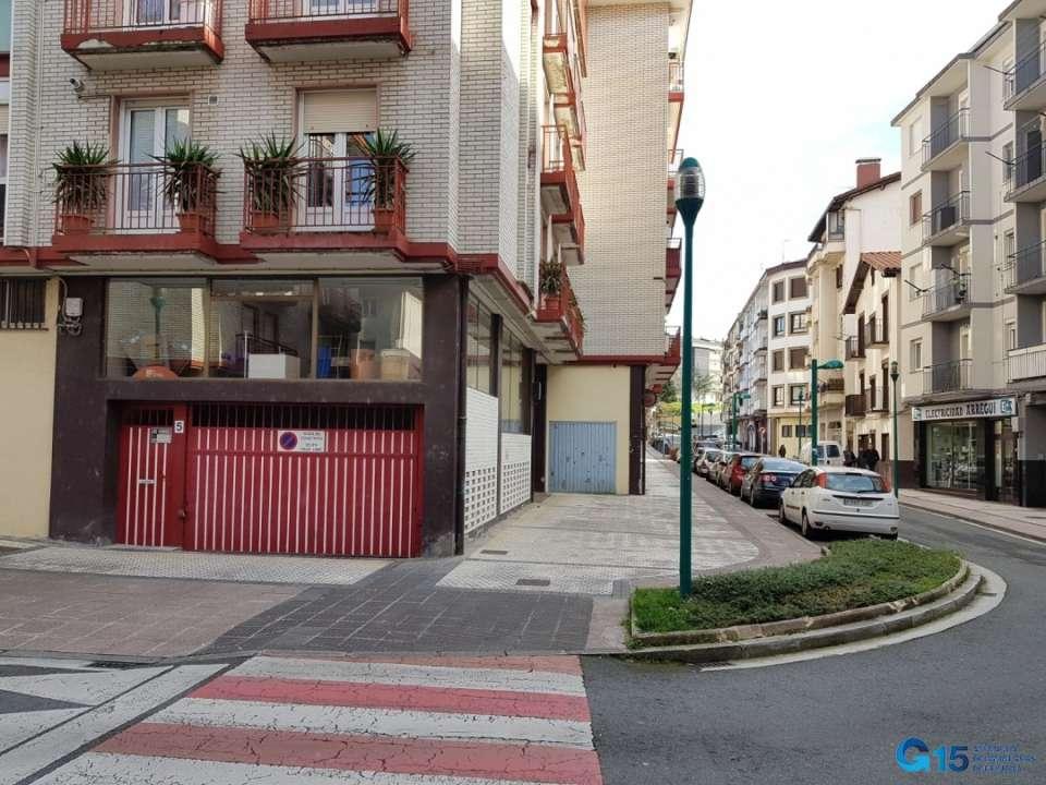 Garaje Cerrado En Pleno Centro Inmobiliaria Elizalde