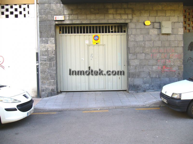 40283 alquiler garaje garaje coche asturias for Contrato alquiler plaza garaje