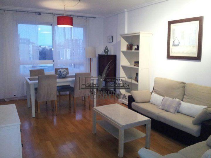 Piso en alquiler en Avda. Cataluña, Zaragoza