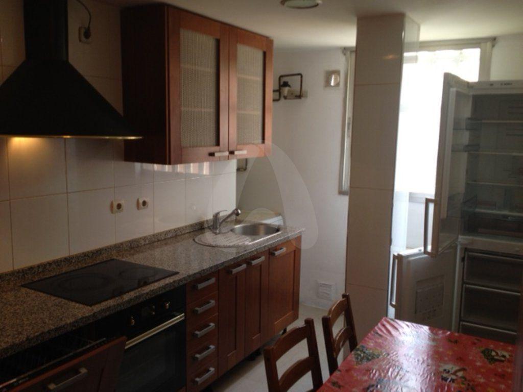 Piso de cuatro habitaciones en Duques de Nájera, Logroño