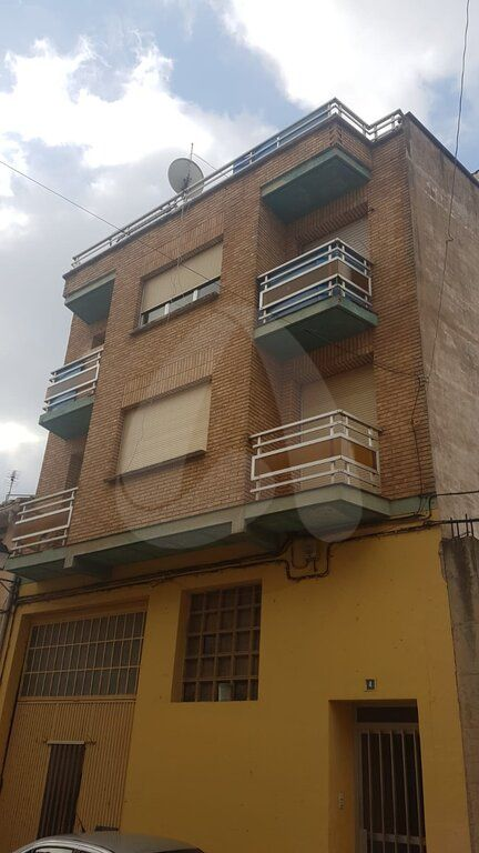 Edificio en venta en Agoncillo