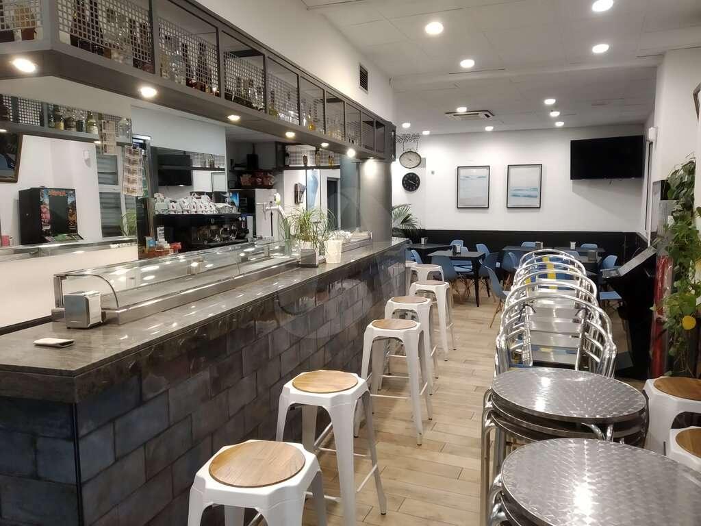 Cafetería en traspaso en Club Deportivo de Logroño