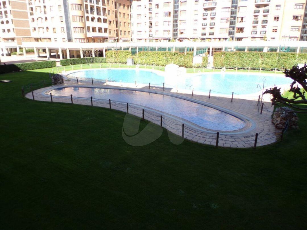 Piso con terraza en Residencial San Adrián – Logroño