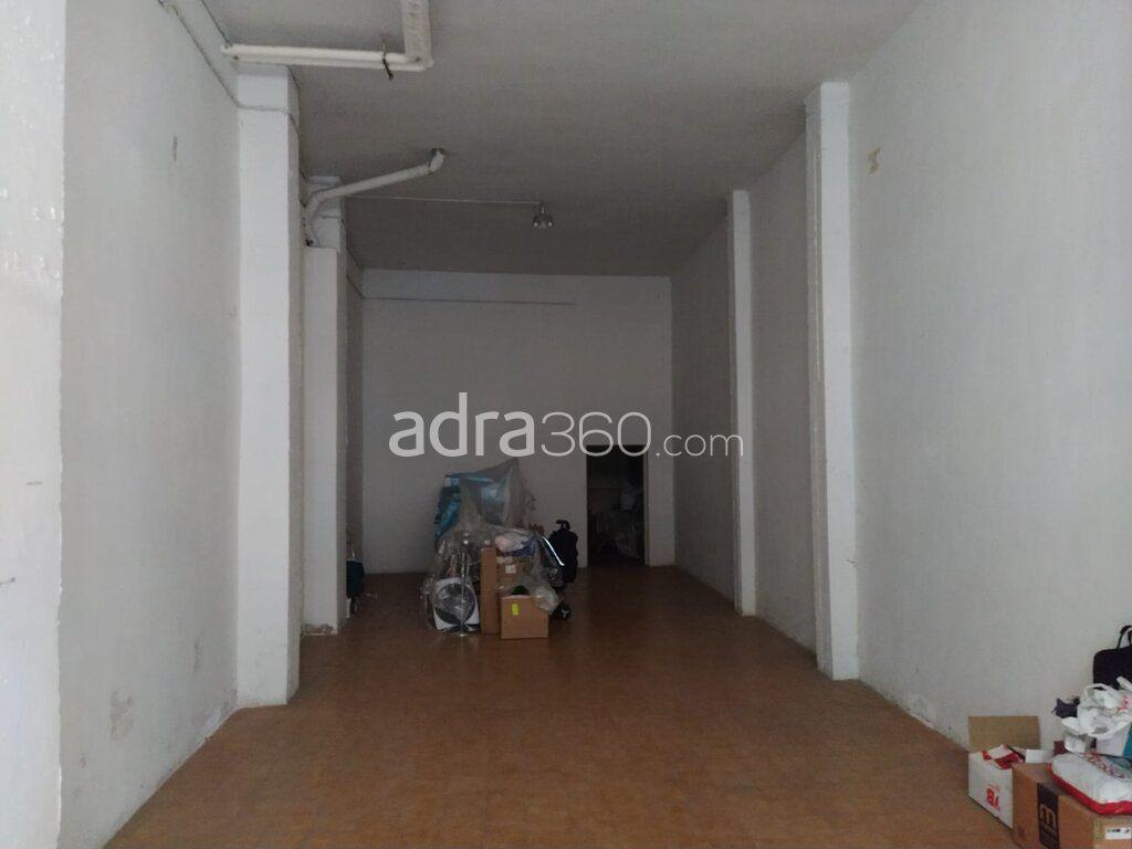 Se vende local para almacén u oficina carca del ayuntamiento de Logroño