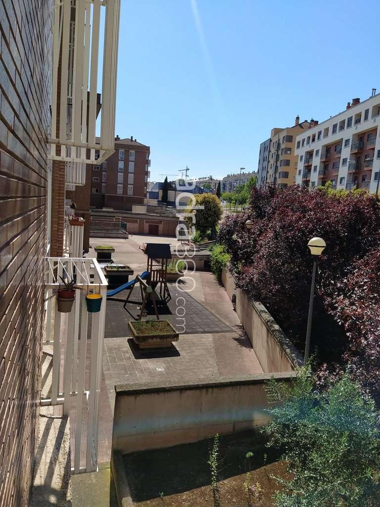 Duplex en zona Avda. Burgos, Logroño