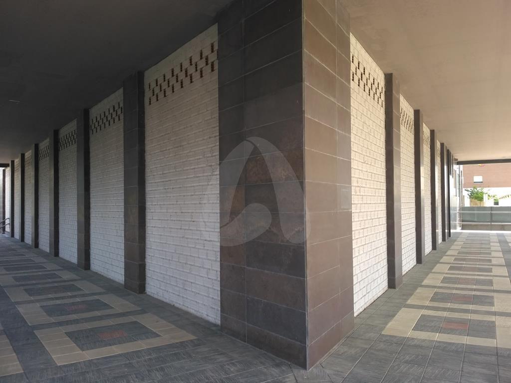 Local en alquiler en Torre Onix. Facilidades – Logroño