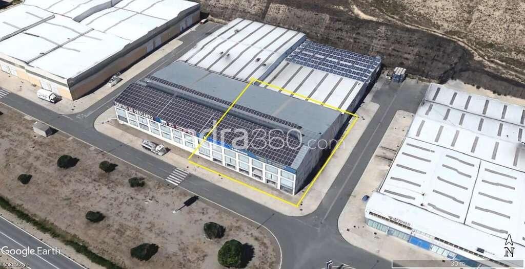 Nave industrial en Alquiler con gran Exposición
