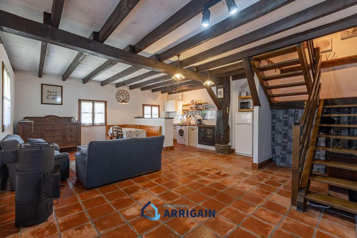 villa en venta con jardín en Goiatz-Bidania