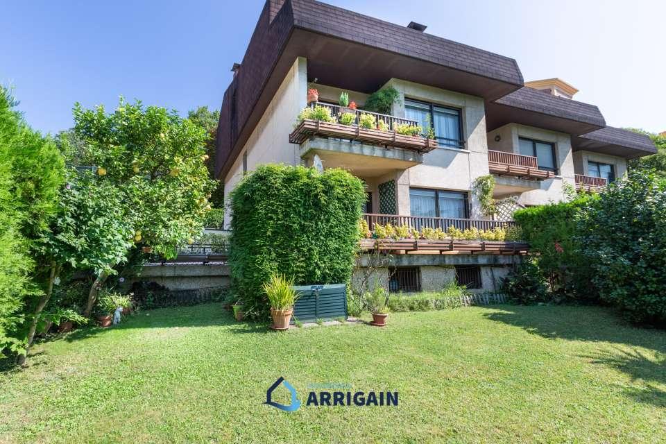 Bonita villa adosada en venta en alto de Miracruz