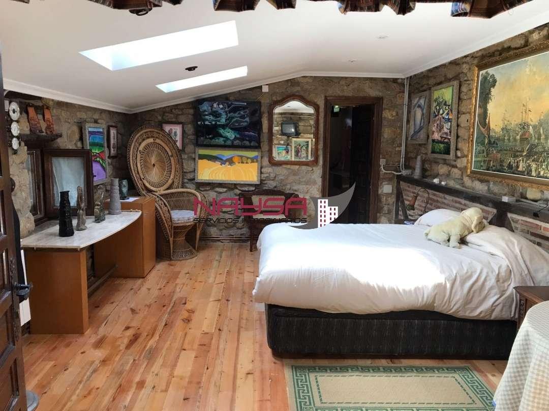 Casa en venta con 350 m2, 4 dormitorios  en Armiñón